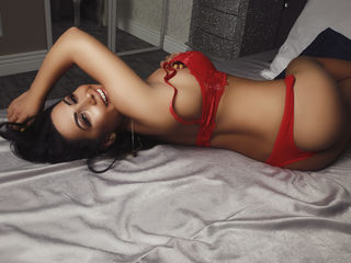 Voir le liveshow de  HeidiTaylor de Livejasmin - 21 ans - Hello guys, I am Heidi, a sweet but naughty girl, I have a hot body with big kissable boobs, ...