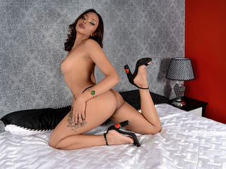 TaniaMiller ,  girl Cams , I enjoy very much to go to discos, also meeting ne
