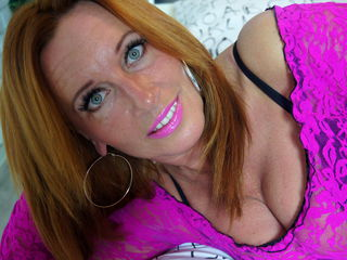 Voir le liveshow de  JennyHOTX de Livejasmin - 43 ans - I am your dream milf and your fantasy combines into one delicious milf lady. Sexy, sensual and ...