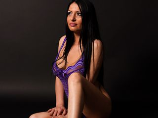 Voir le liveshow de  DiamondMichelle de Livejasmin - 30 ans - Im that diamond who need that guy, who can make a beautifull and hard to touch for anoth ...