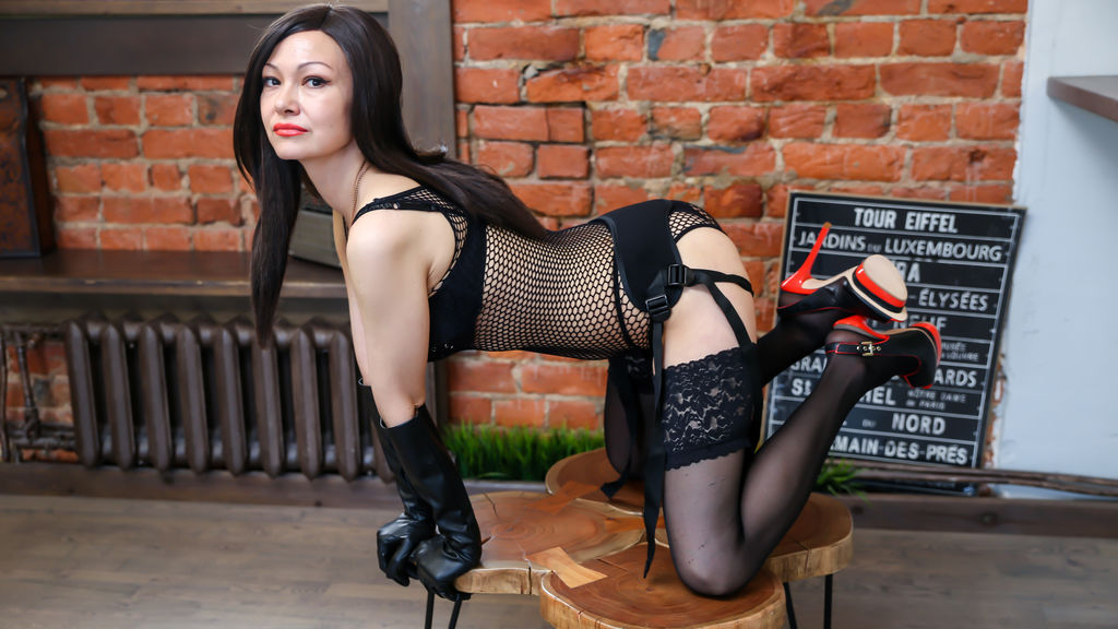 Watch the sexy SailorVenuss from LiveJasmin at GirlsOfJasmin