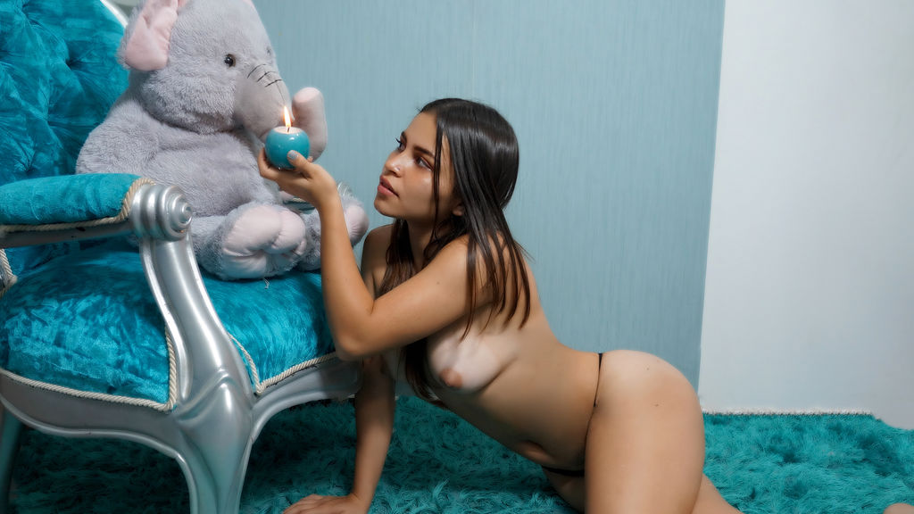 Pauulaa online at GirlsOfJasmin